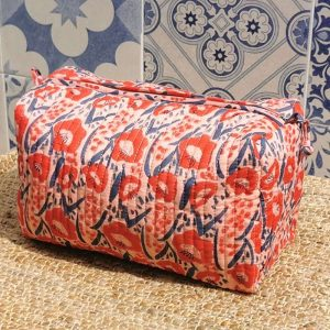 Full view of the Poppy organic cotton quilted wash bag